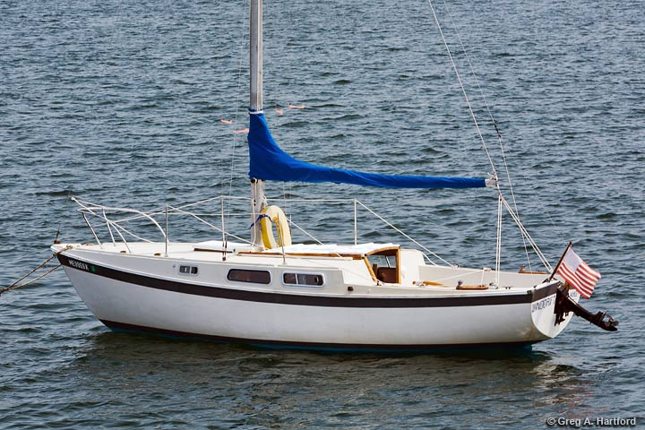 The Cal 25 foot WindDrift Sailboat Rental